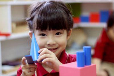 Trường học phải có đường dây nóng tiếp nhận thông tin của học sinh